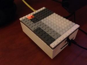 Caixa de Lego para o Raspberry Pi por @designerferro