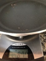 Primeira pesagem da frigideira sem os hambúrgueres