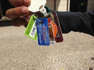 Porta-chaves vitima de descontos em cartão