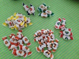 42 caramelos
