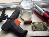 Material para construir uma bússola caseira